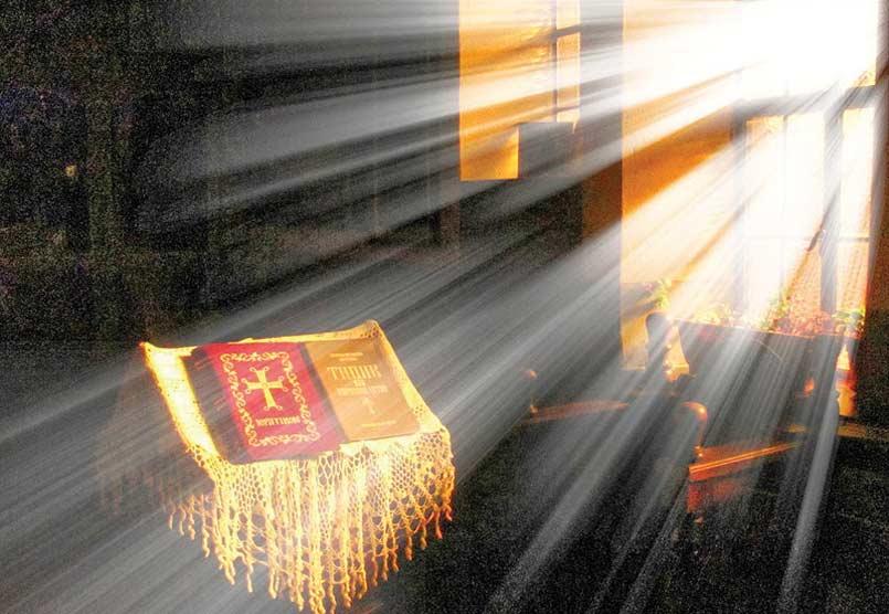Αποτέλεσμα εικόνας για Θεὸς ὁ εἰπὼν ἐκ σκότους φῶς λάμψαι,